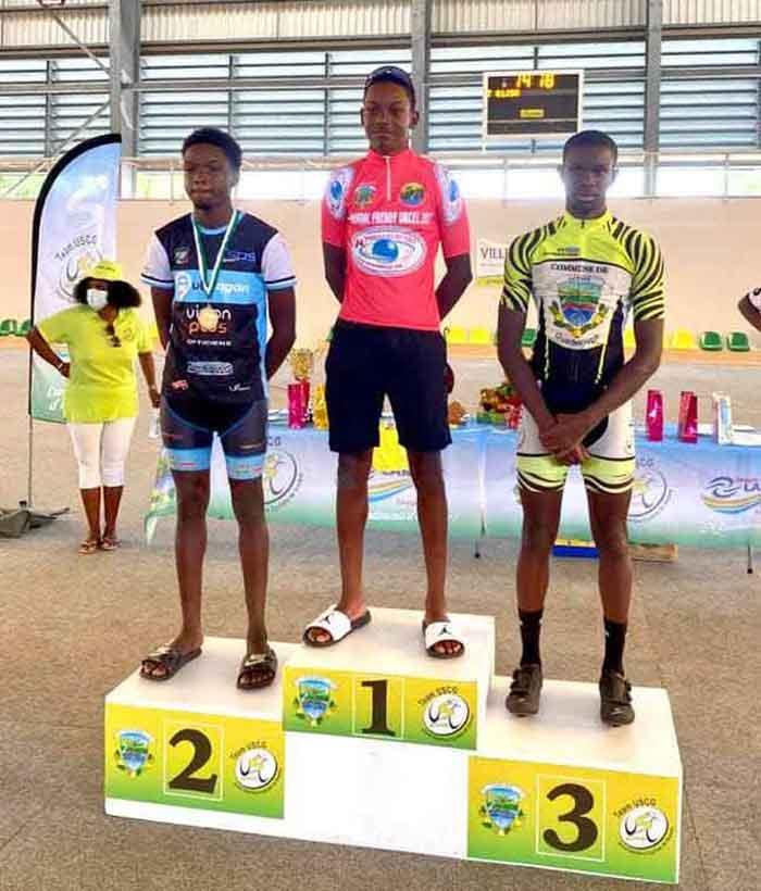 podium-juniors-SITE
